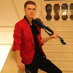 скрипач. живая музыка