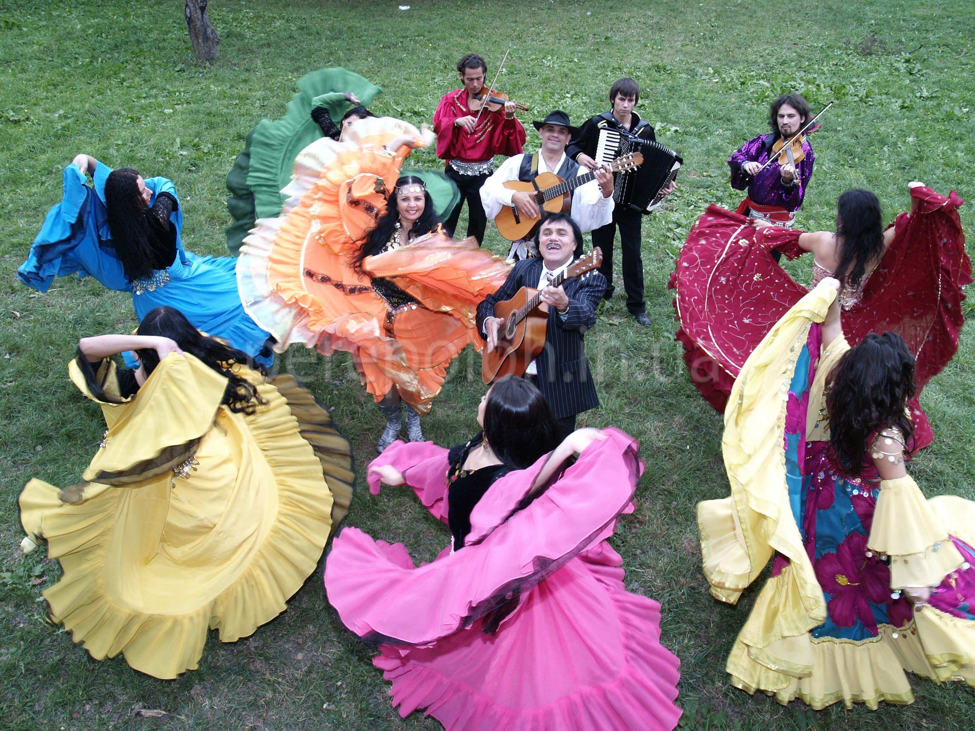 цыгане, цыганский танец, романс
