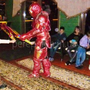 ростовая кукла железный человек в одессе