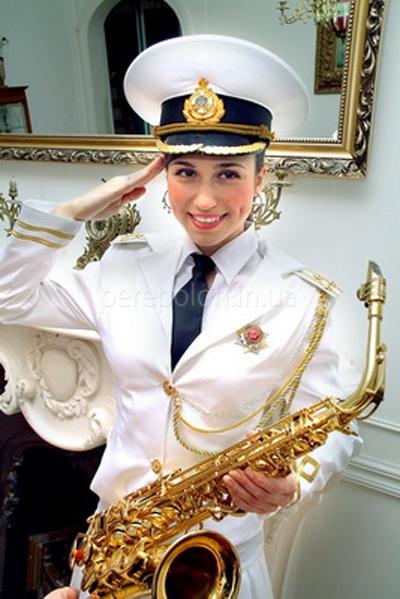 саксофонист, живая музыка одесса, фоновая музыка на свадьбу, музыка на первый танец молодых