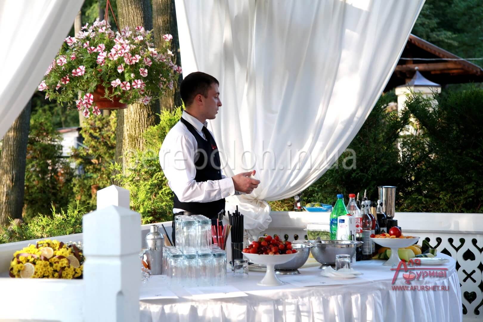 кейтеринг в Одессе, как выбрать кейтеринговую компанию в Одессе, выездные обеды в Одессе, обеды в офис в одессе, заказать кейтеринг в Одессе
