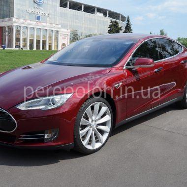 Аренда авто в Одессе, прокат авто в Одессе, Tesla model S, Tesla, Тэсла, Тесла