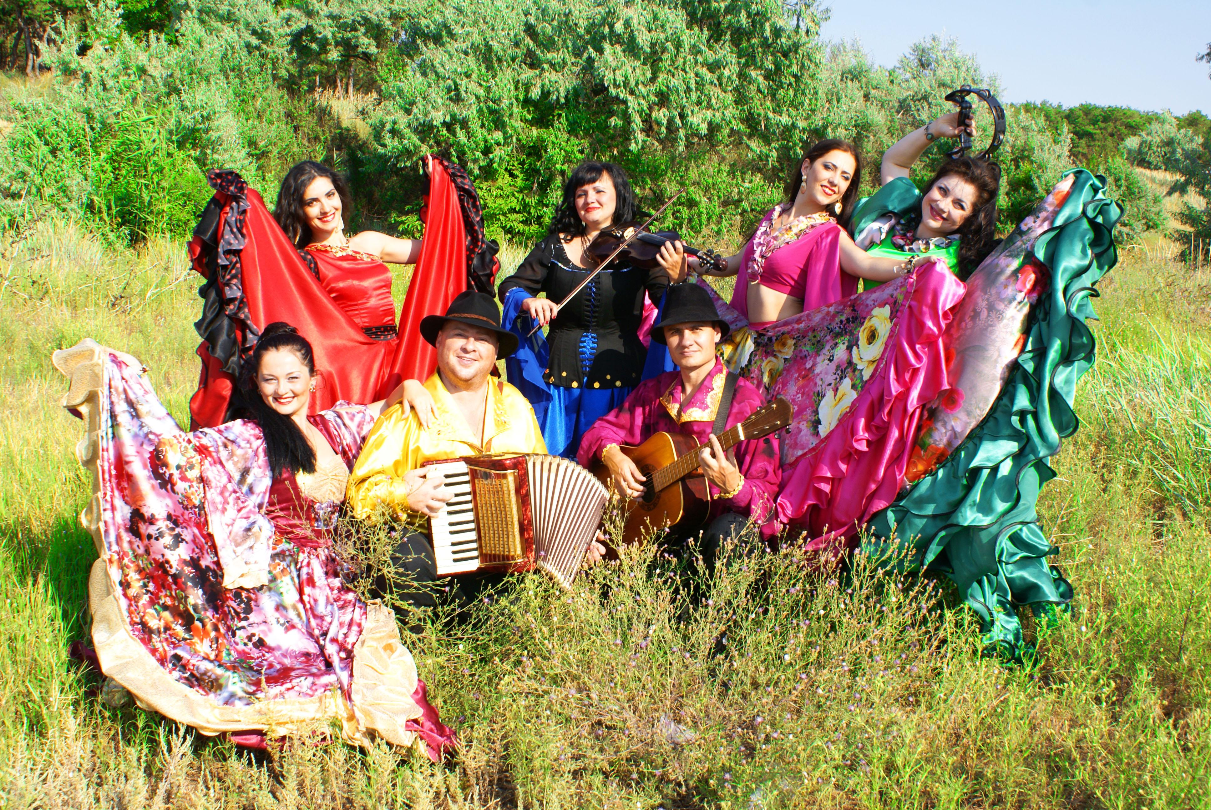 вокально-инструментальный ансамбль в Одессе, ВИА Одесса, цыганский номер, живое шоу