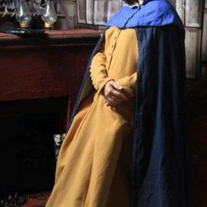 Фотозоны в костюмах Средневековья